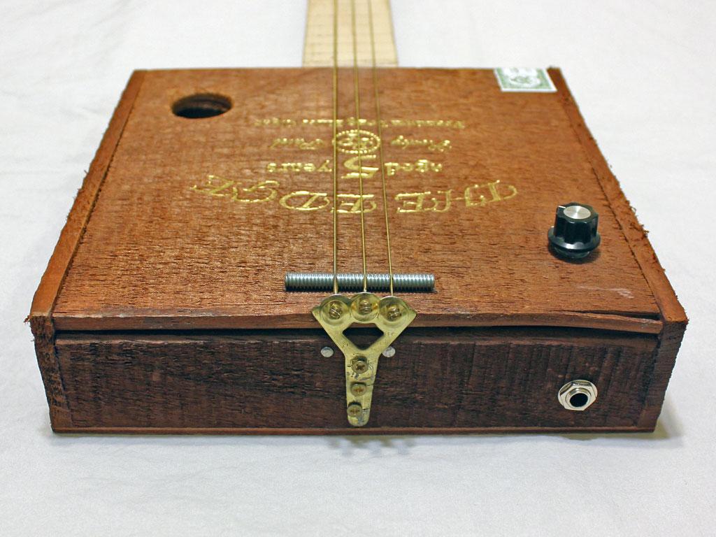 Cigar Box Guitar Builders : building my first cigar box guitar trevorland ~ Hamham.info Haus und Dekorationen